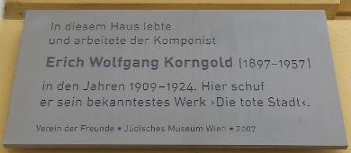 Gedenktafel_Erich_Wolfgang_Korngold%2C_1060_Theobaldgasse_7.jpg